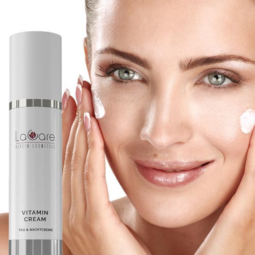 Anti-Ageing Vitamincreme mit Deep Moist Komplex